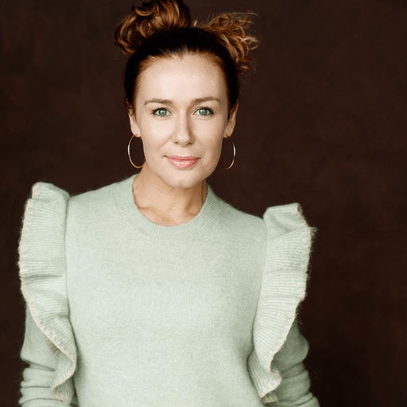 Katie Reddin Clancy British Voiceover Artist Headshots1