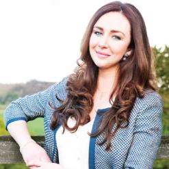 Katie Reddin Clancy British Voiceover Artist Show Queen 1