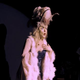 Katie Reddin Clancy British Voiceover Artist Shows Grace26