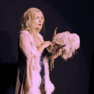 Katie Reddin Clancy British Voiceover Artist Shows Grace27